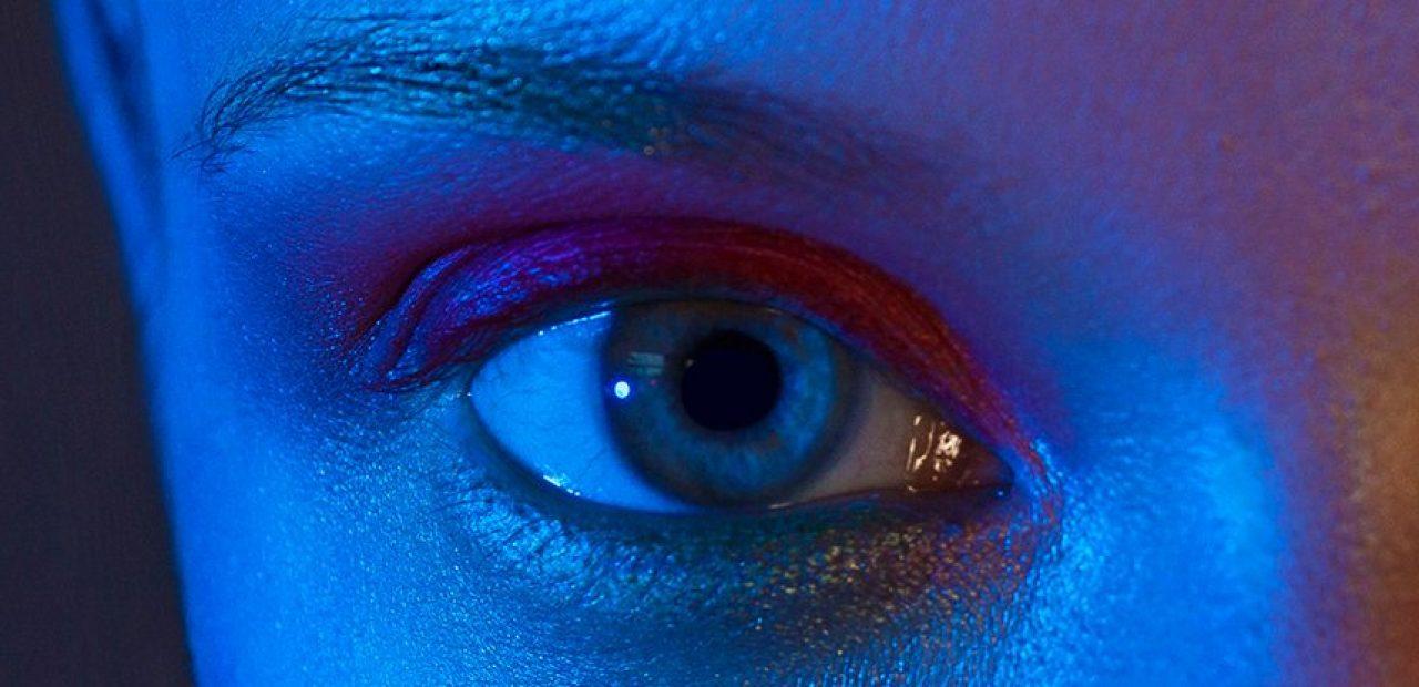 blue_light_amd_10241-1280x620-1.jpg